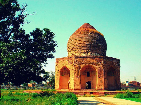 Tomb of Asif Khan, Lahore, Pakistan