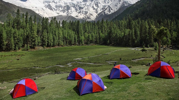 Camping At Fairy Meadows Pakistan Wallpaper