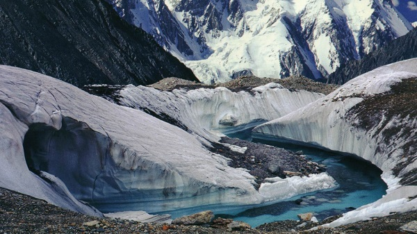 K2 2nd highest peak of the world Pakistan Wallpaper