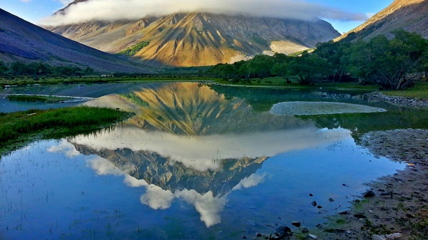 Mountain Peak Reflection Pakistan Nature Wallpaper