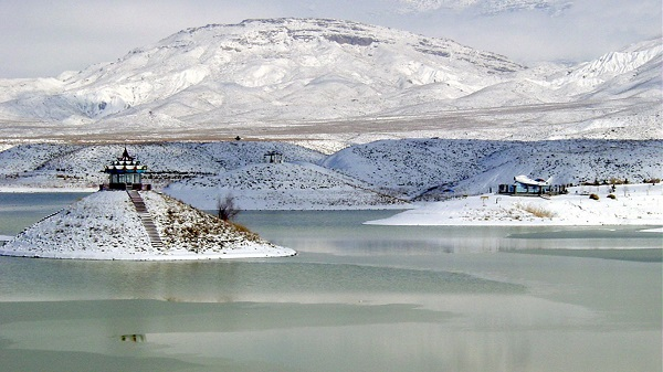 Snowy Hanna Lake, Pakistan National Park, Quetta Pakistan Wallpaper