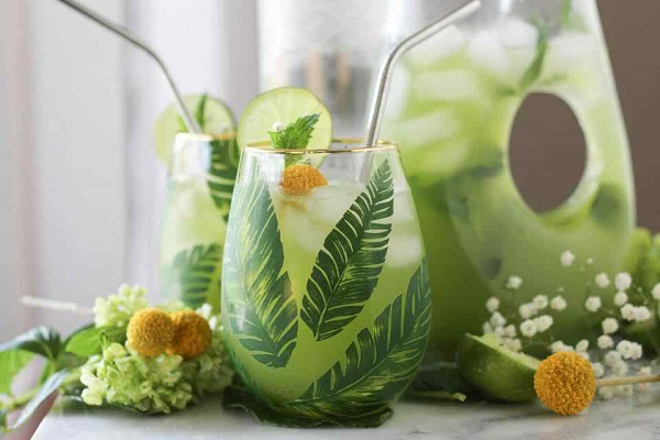 Mint Limeade Cooler - easy and quick drink recipe ramadan