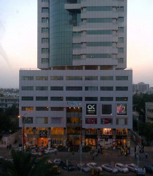 Emerald Tower Karachi, Pakistan
