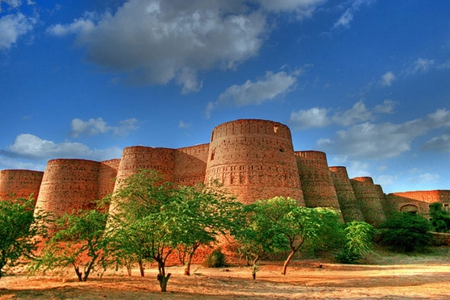 Derawar Fort Pakistan Wallpaper